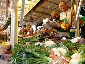 Biolandhof-Grossholz-Vermarktung-Wochenmarkt-Gerd-Boll
